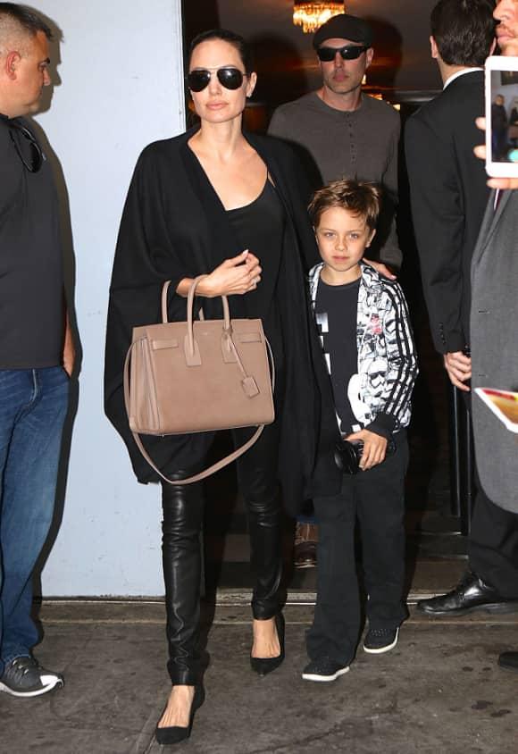 Angelina Jolie und Knox Jolie-Pitt