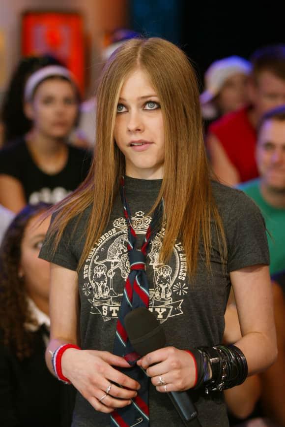 Avril Lavigne im Jahr 2002