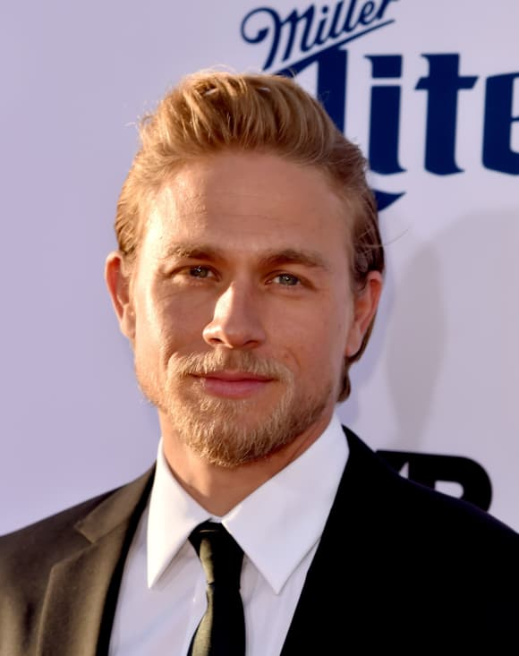 Charlie Hunnam Shades of Grey