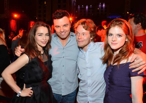Emilia Clarke, Seth McFarlane, Alfie Allen und Rose Leslie