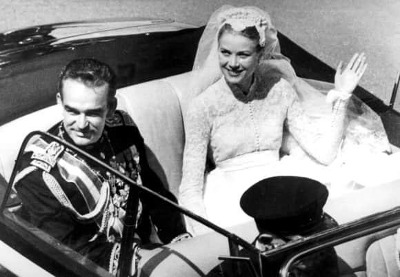 Rainier von Monaco und Grace Kelly an ihrer Hochzeit