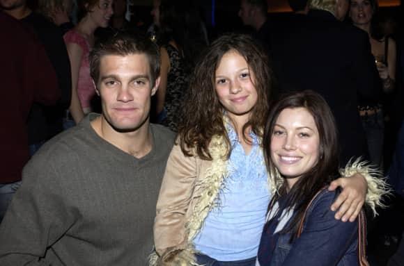 Geoff Stults, Mackenzie Rosman and Jessica Biel