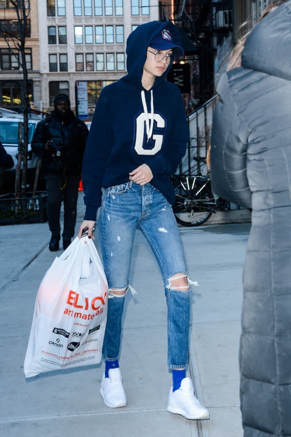 Gigi Hadid No Make-up New York City Topmodel