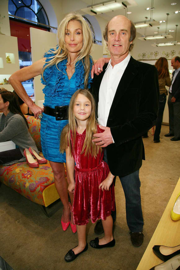 Heather Thomas with husband and daughter