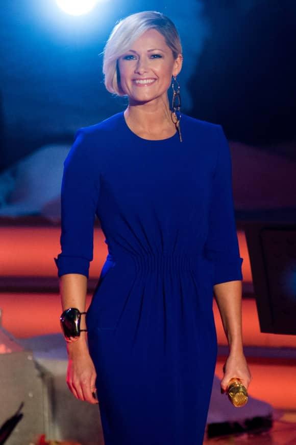 Helene Fischer im sexy blauen Jumpsuit