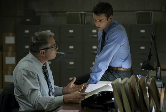 """Holt McCallany and Jonathan Groff in """"Mindhunter"""""""