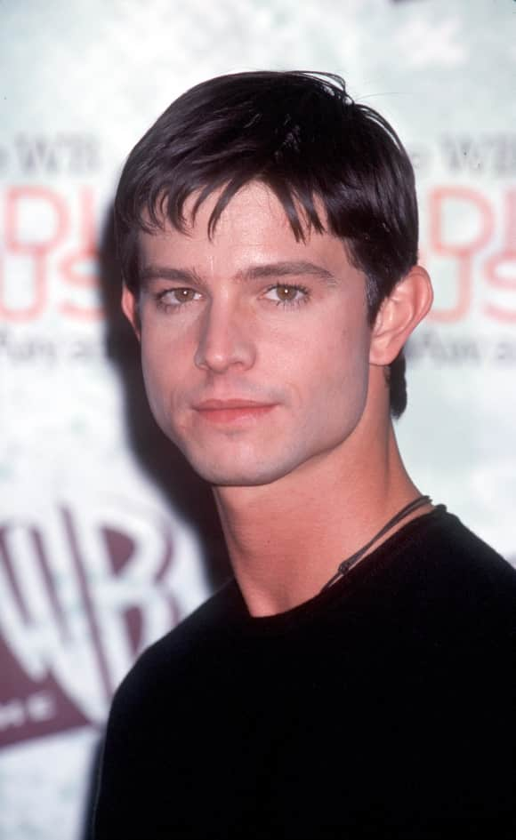 Jason Behr was one of the main cast members