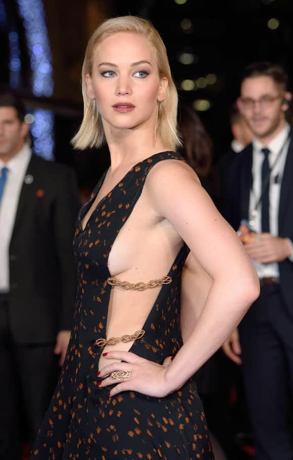 "Jennifer Lawrence bei der ""Mockingjay Part 2""-Premiere"