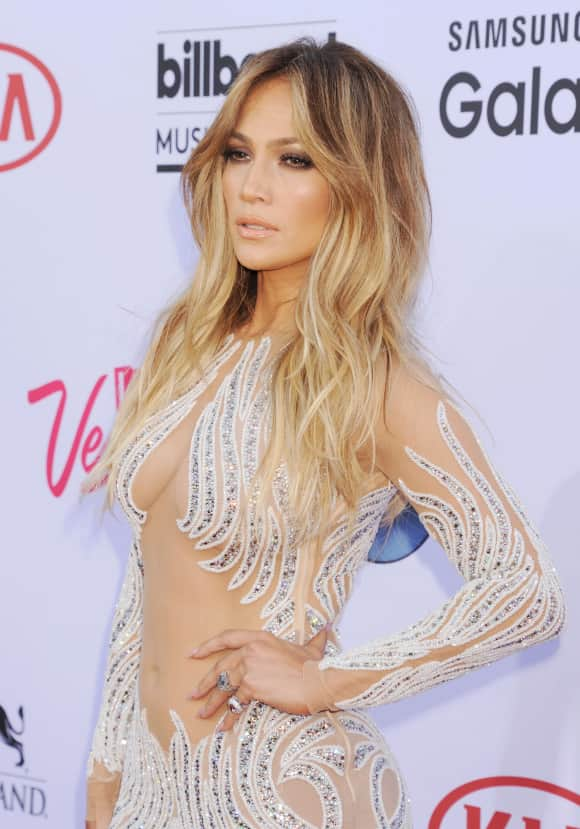 Jennifer Lopez im Sideboob-Look