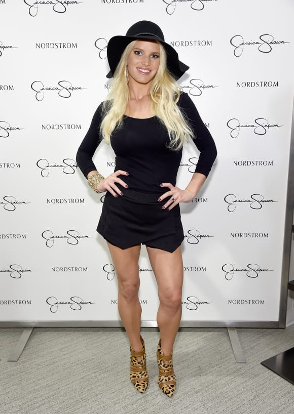 The talented singer Jessica Simpson showing off her amazing body...