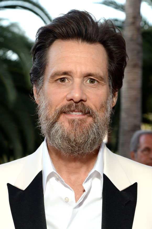 Jim Carrey now has a beard.