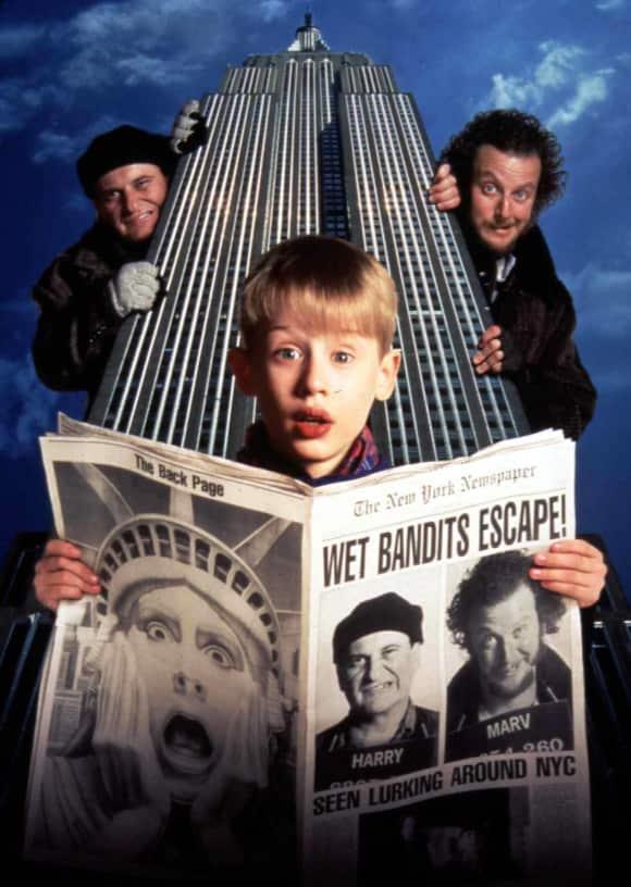 Joe Pesci, Daniel Stern, and Macaulay Culkin in Home Alone