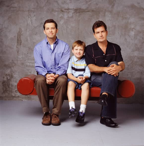 "Jon Cryer, Angus T. Jones und Charlie Sheen aus ""Two and a Half Men"""
