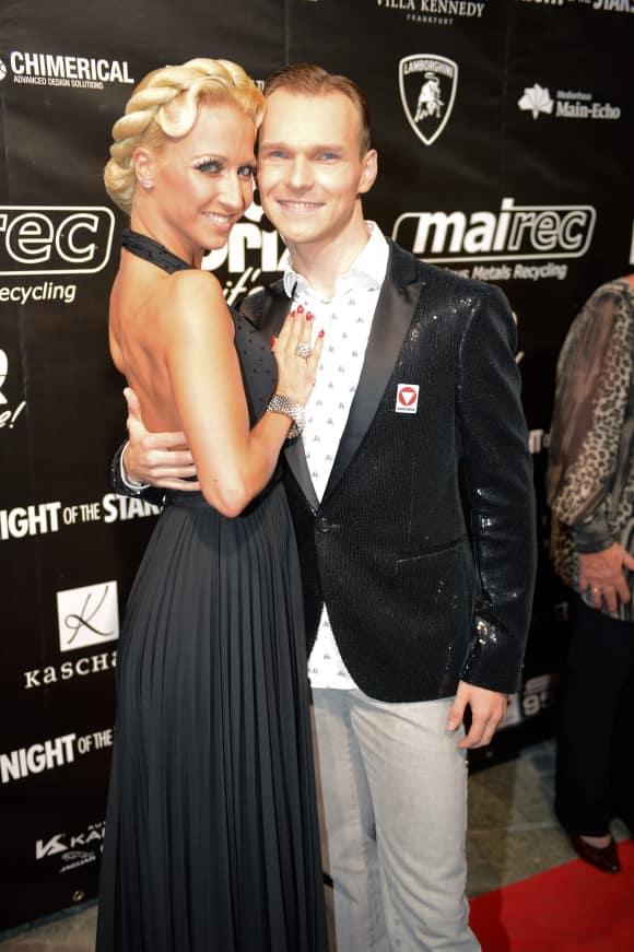 """Kathrin Menzinger und Vadim Garbuzov tanzen beide als Profitänzer bei """"Let's Dance"""""""