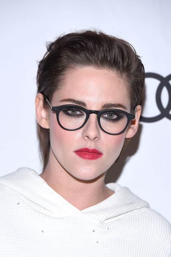 Kristen Stewart mit Brille