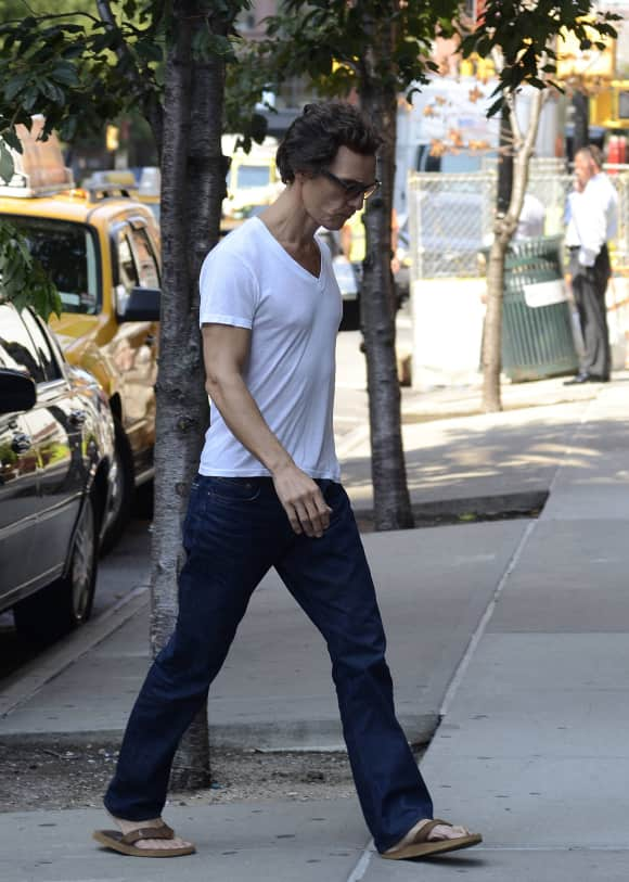 Matthew McConaughey lost a bunch of weight for his role in Dallas Buyers Club (2013).