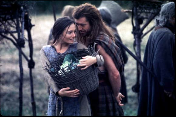 "Mel Gibson and Catherine McCormack in ""Braveheart"""