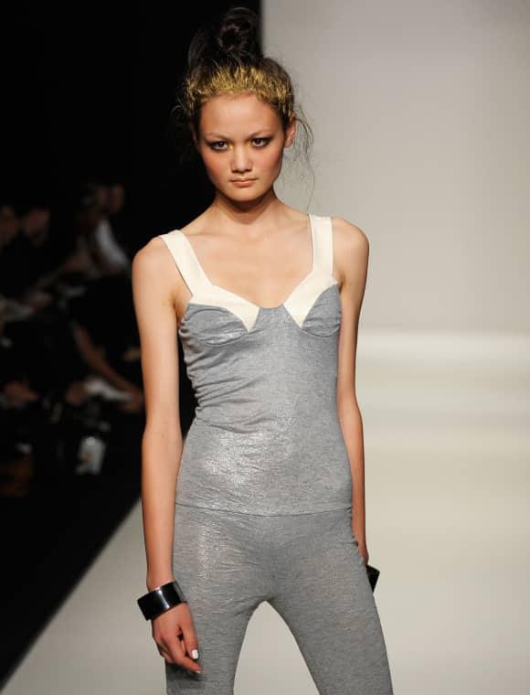 Model dünn mager fashion