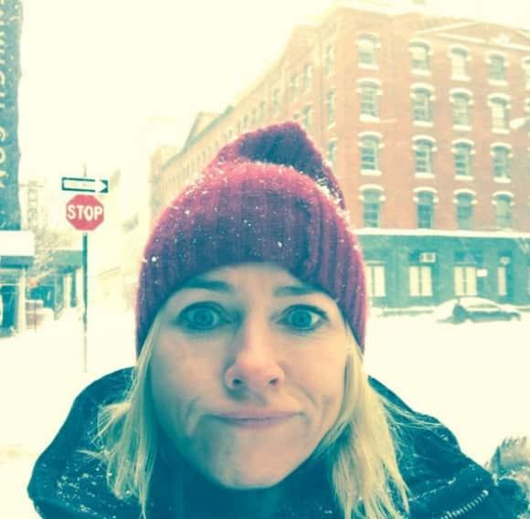 Naomi Watts trotzt dem Blizzard in New York City