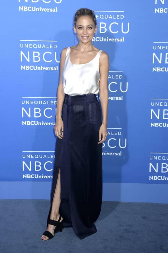 Nicole Richie zeigt ihre schlanke Figur