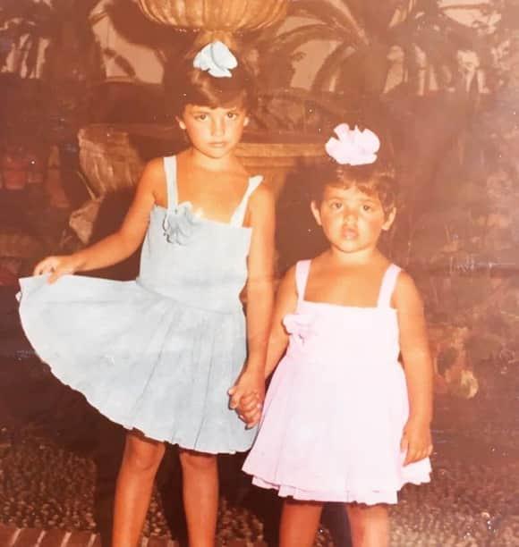 Penélope Cruz und Monica Cruz als Kinder