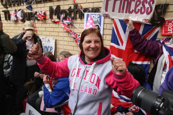 Die Briten feiern den royalen Nachwuchs