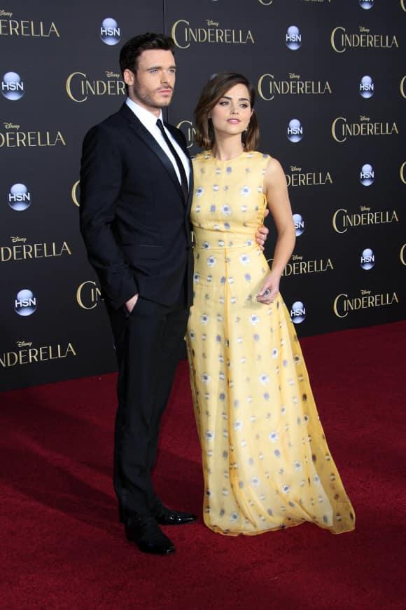 """Bekannt aus """"Cinderella"""" und """"Game of Thrones"""": Schauspieler Richard Madden"""