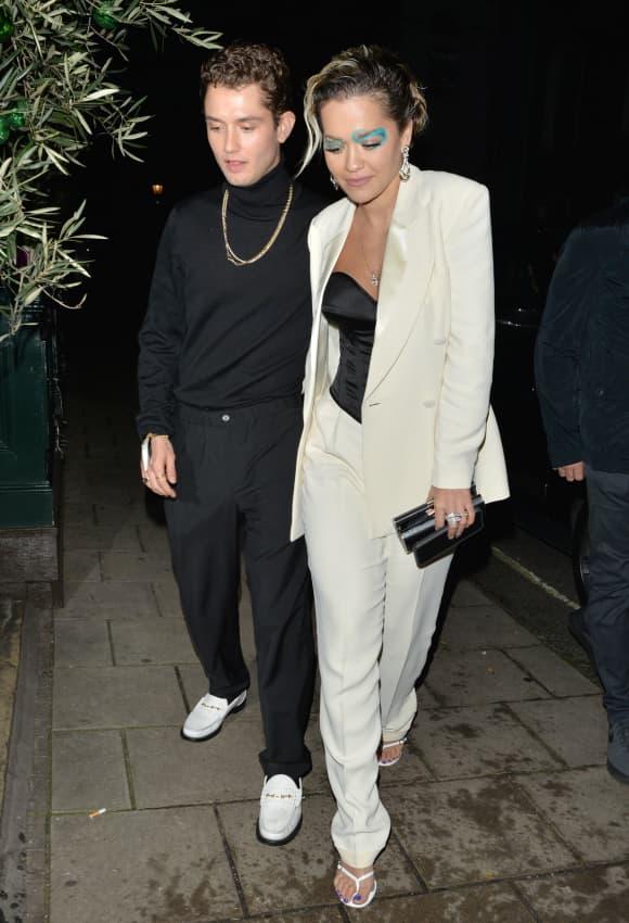 Rafferty Law und Rita Ora sind seit Dezember nun offiziell ein Paar