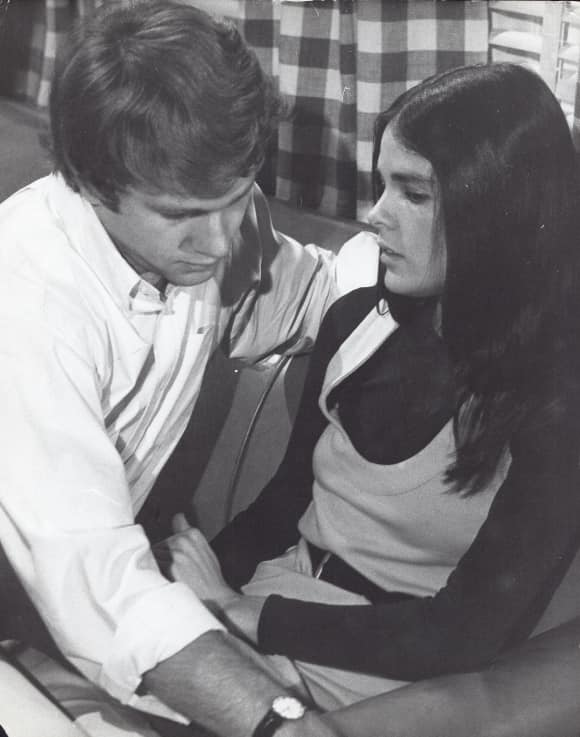 Ryan O'Neil and Ali MacGraw in Love Story