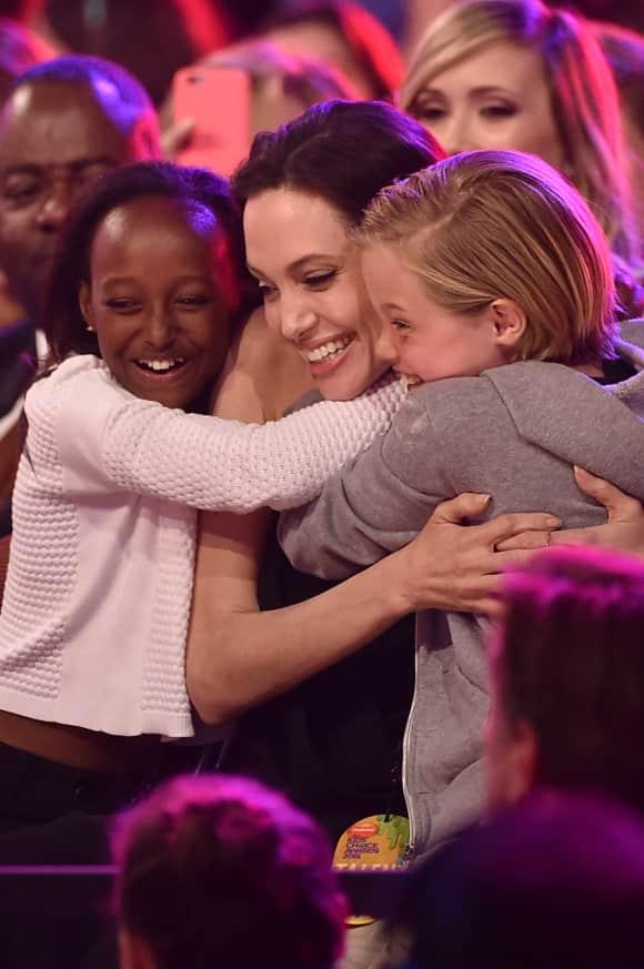 Zahara Marley Jolie-Pitt, Angelina Jolie und Shiloh Nouvel Jolie-Pitt