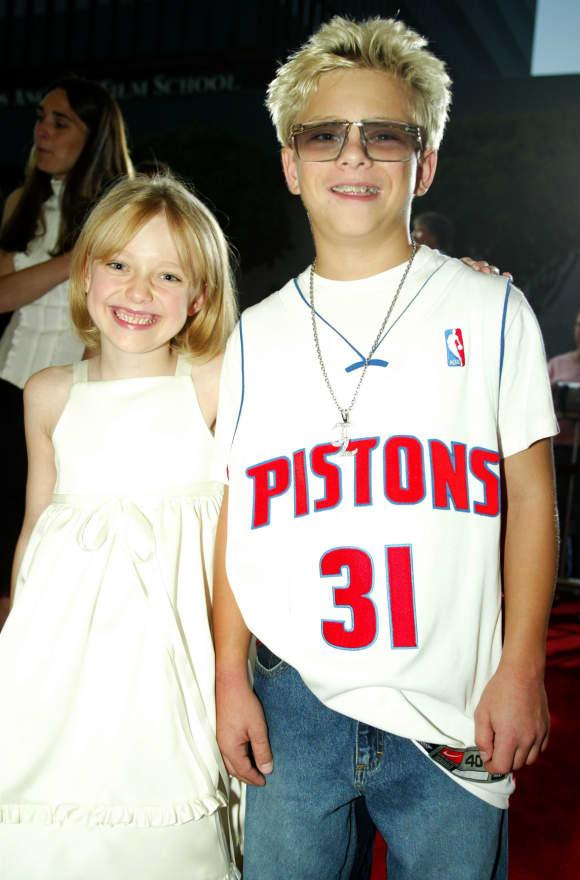 Dakota Fanning and Jonathan Lipnicki in 2003