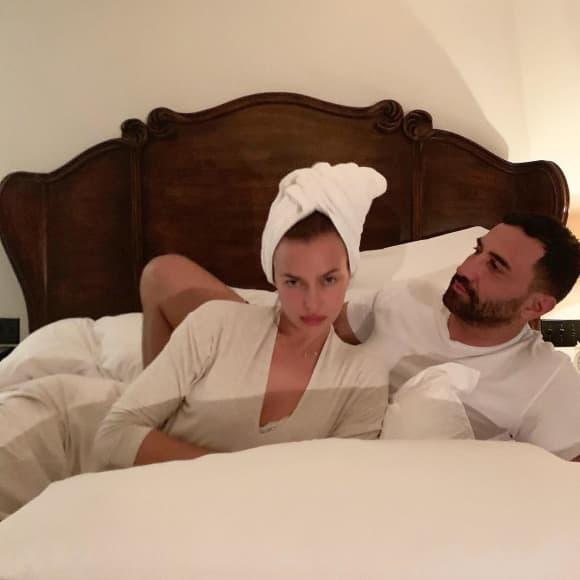 Irina Shayk ungeschminkt ohne Make-up Riccardo Tisci