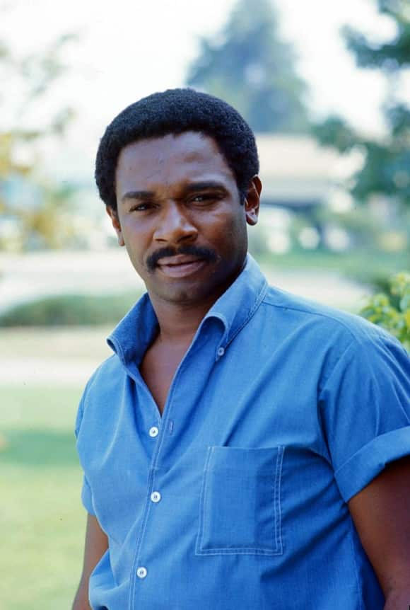 The American actor Ivan Dixon died in 2008 at the age of 76.