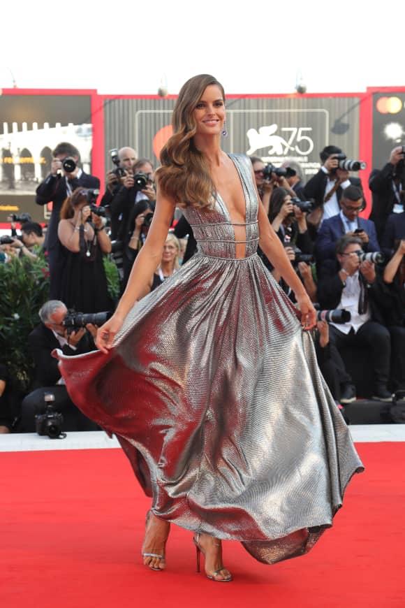 Izabel Goulart: So elegant auf dem roten Teppich der Filmfestspiele in Venedig