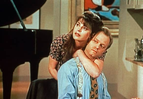 "Jane Leeves played the role of ""Daphne Moon"" on Frasier"