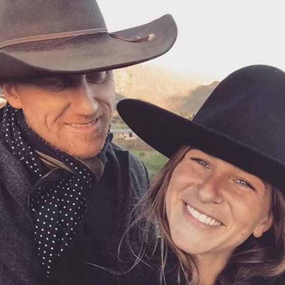 Kevin McKiddd und Arielle Goldrath haben geheiratet und erwarten ihr erstes gemeinsames Kind.