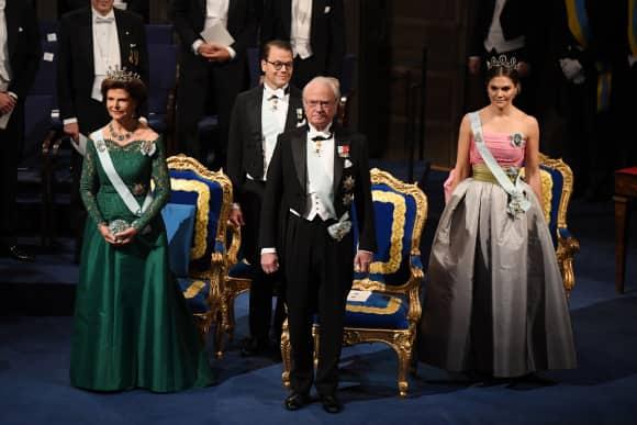 Königin Silvia, König Carl Gustaf, Prinz Daniel, Prinzessin Victoria Nobelpreisverleihung