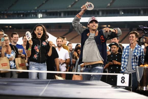 Mila Kunis und Ashton Kutcher beim Tischtennis in Los Angeles