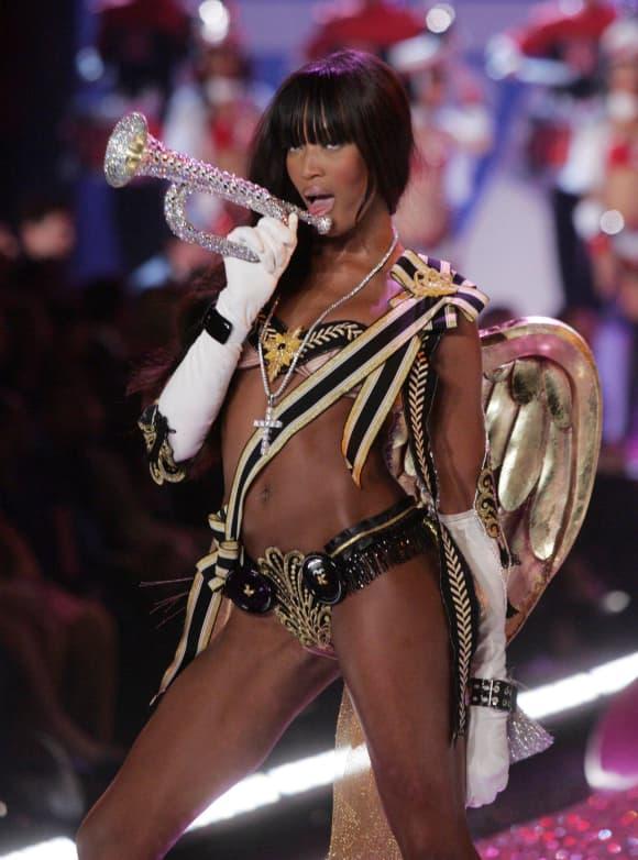 Naomi Campbell bei Victoria's Secret
