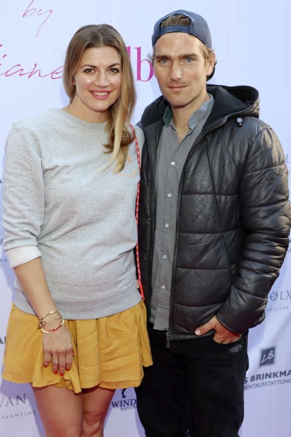 Nina Bott und Benjamin Baarz eltern kind baby