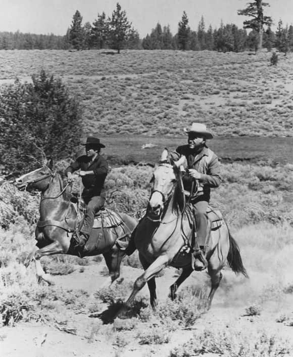 Pernell Roberts and Lorne Green in Bonanza