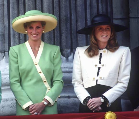 Lady Diana und Sarah Ferguson 1990 in London