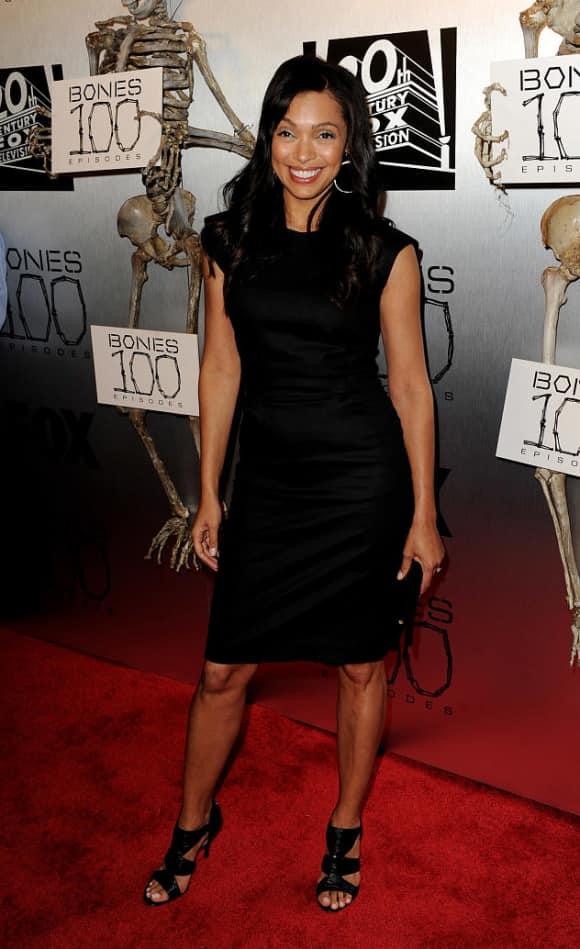 """Tamara Taylor alias """"Camille Saroyan"""" in """"Bones"""" in 2010"""